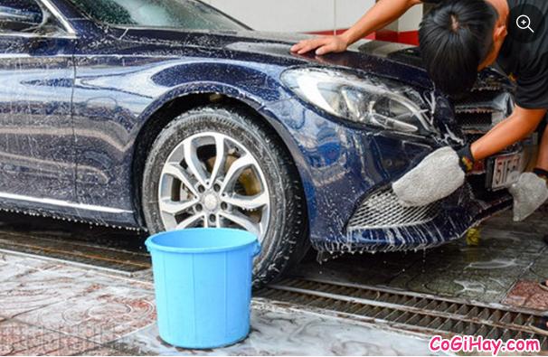 Hướng dẫn rửa xe ô tô tại nhà - Có nên rửa xe bằng nước mưa không ? + Hình 9