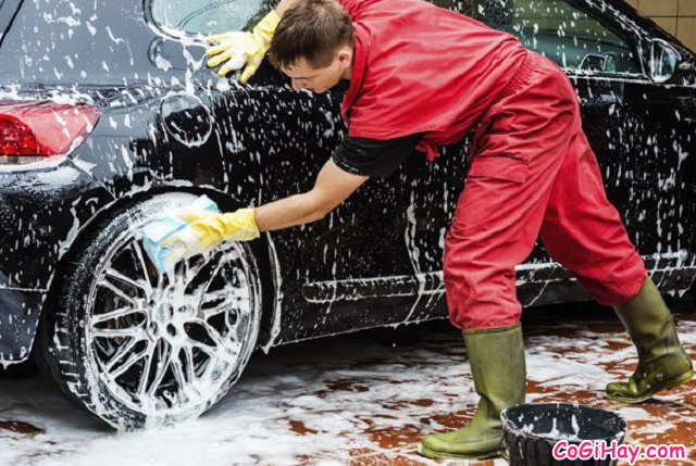 Hướng dẫn rửa xe ô tô tại nhà - Có nên rửa xe bằng nước mưa không ? + Hình 10